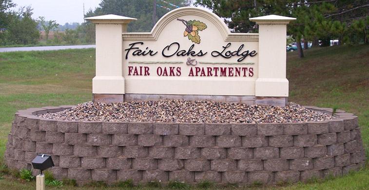 fair oaks apartments sign
