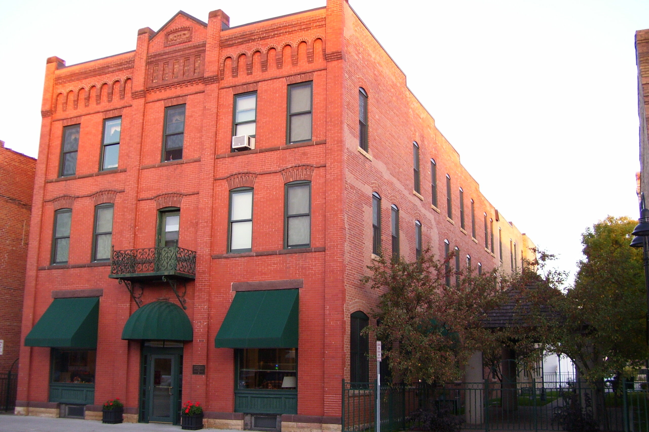 commercial apartments downtown wadena